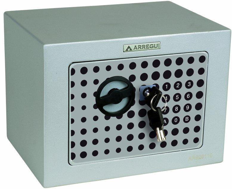 Caja Fuerte de superficie de la fábrica ARREGUI - Modelo Activa de apertura electrónica más pomo. Incluye llave de emergencia tubular.