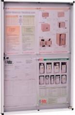 Tablón modelo 12V2 (Btv) de aluminio natural color plata con puerta de metacrilato transparente. Capacidad para cuatro folios.