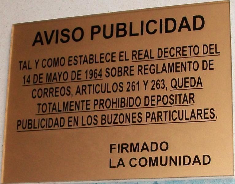Sagastume Buzones - CARTELERIA A MEDIDA - Distribuidores nacionales de buzones, tablones de anuncios, cestas de publicidad, señalizaciones, papeleras,... dirigido a comunidades de propietarios y administradores de fincas.